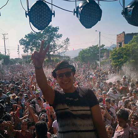 DJ BRAYAN DAVILA